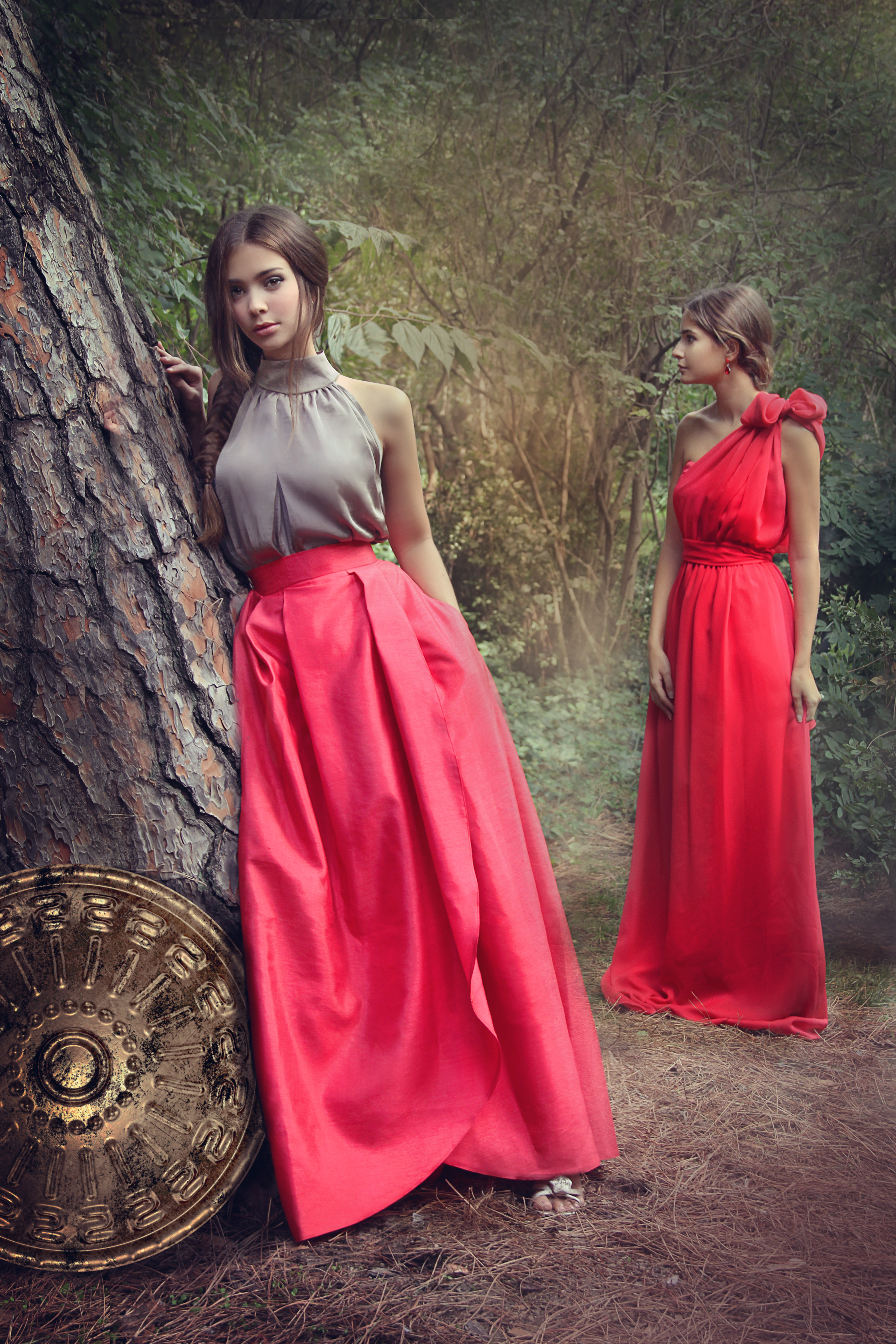 8632edd54 CATALOGO FALDA VICTORIA ROJA Y VESTIDO ATENEA ROJO | BCN Fashion Place