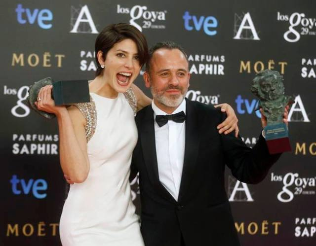 Lennie, who was awarded Best Leading Actress, and Gutierrez, who won Best Leading Actor, pose with their trophies during the Spanish Film Academy's Goya Awards ceremony in Madrid