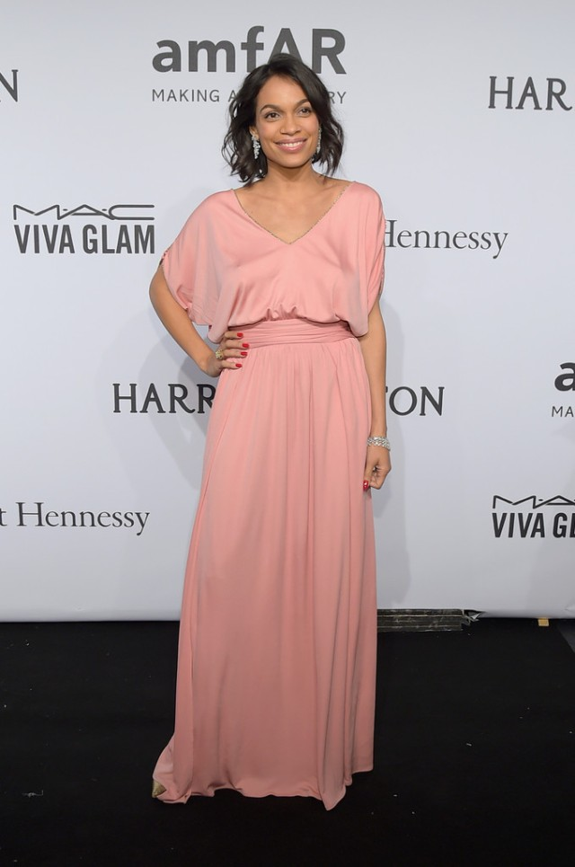 The-2015-amfAR-New-York-Gala-rosario-dawson-emilio-pucci