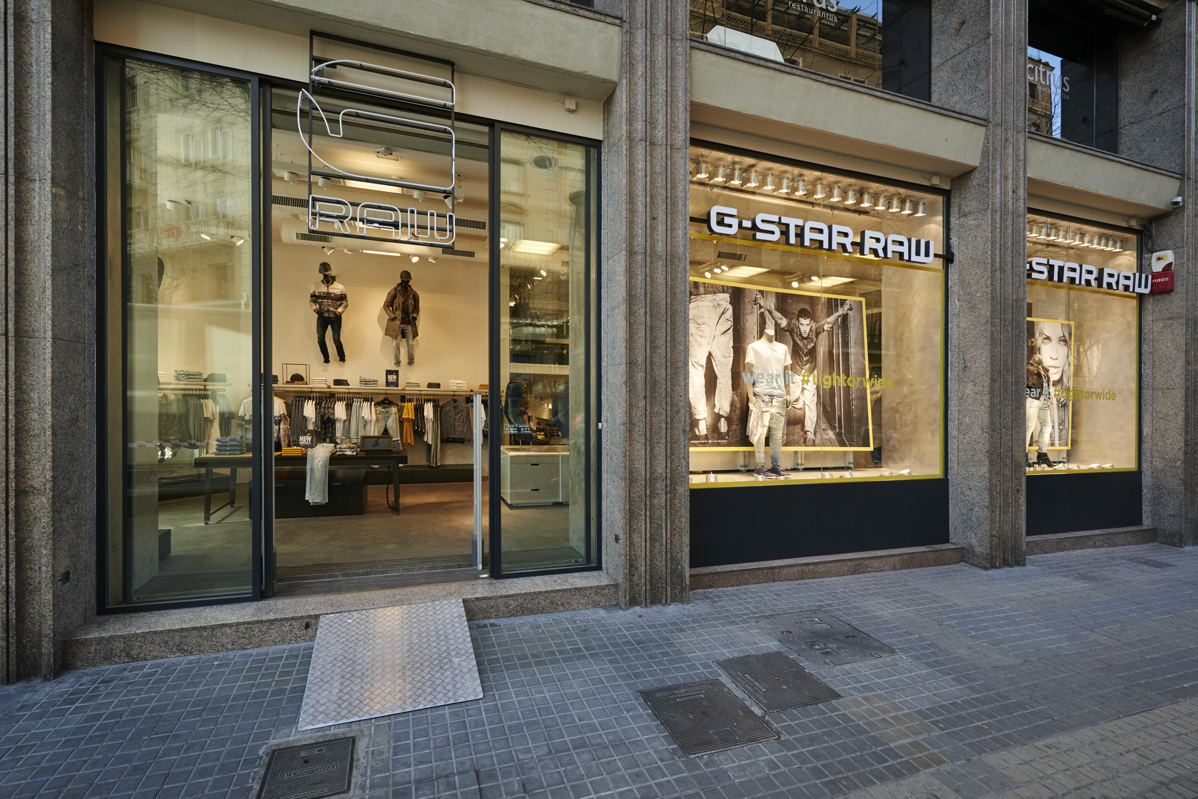 Barcelona clothing stores online