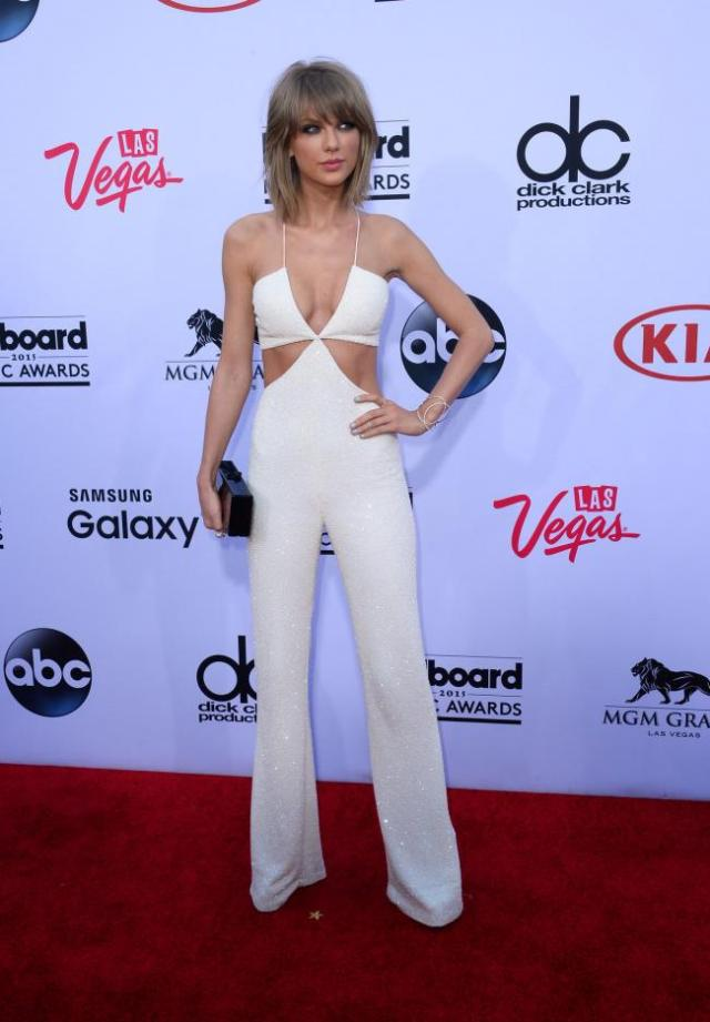 2015-Billboard-Music-Awards-The-Red-Carpet_3_1