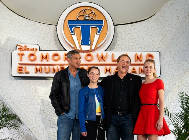 VALENCIA, SPAIN - MAY 19:  (L-R) George Clooney, Raffey Cassidy, Brad Bird and Britt Robertson pose at a photocall for 'Tomorrowland' at the L'Hemisferic on May 19, 2015 in Valencia, Spain.  (Photo by Manuel Queimadelos Alonso/Getty Images) *** Local Caption *** George Clooney;Raffey Cassidy;Brad Bird;Britt Robertson