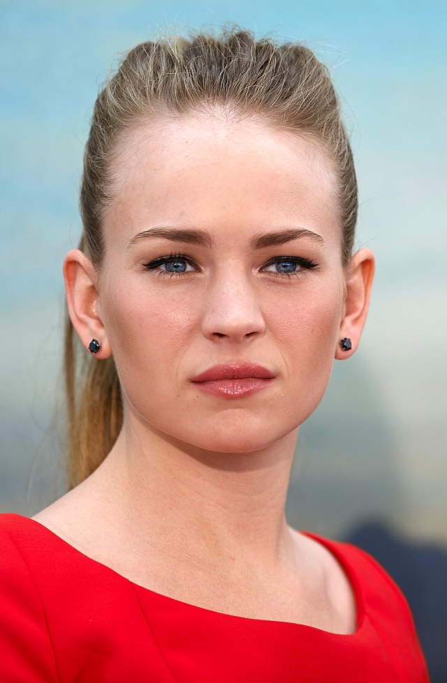 VALENCIA, SPAIN - MAY 19:  Britt Robertson attends at the 'Tomorrowland' Press Conference at the L'Hemisferic on May 19, 2015 in Valencia, Spain.  (Photo by Manuel Queimadelos Alonso/Getty Images) *** Local Caption *** Britt Robertson