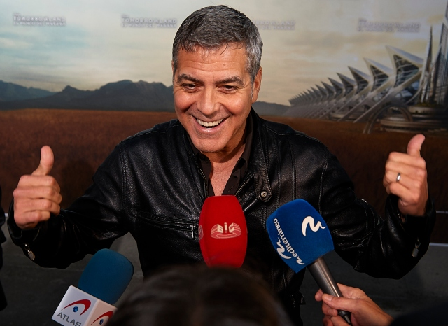 VALENCIA, SPAIN - MAY 19:  George Clooney attends the premiere of Disney's 'Tomorrowland' at the L'Hemisferic on May 19, 2015 in Valencia, Spain.  (Photo by Manuel Queimadelos Alonso/Getty Images) *** Local Caption *** George Clooney