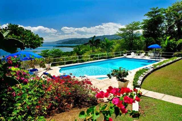 jamaica-hillsidevillaatroundhill-1