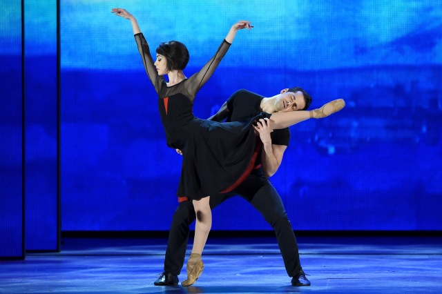 "NEW YORK, NY - JUNE 07:  Robert Fairchild and Leanne Cope from ""An American in Paris"" perform onstage at the 2015 Tony Awards at Radio City Music Hall on June 7, 2015 in New York City.  (Photo by Theo Wargo/Getty Images for Tony Awards Productions)"