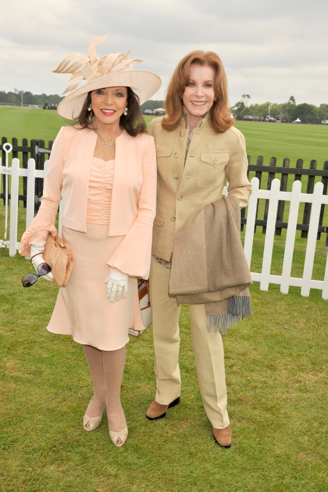 Dame_Joan_Collins_and_Stephanie_Powers