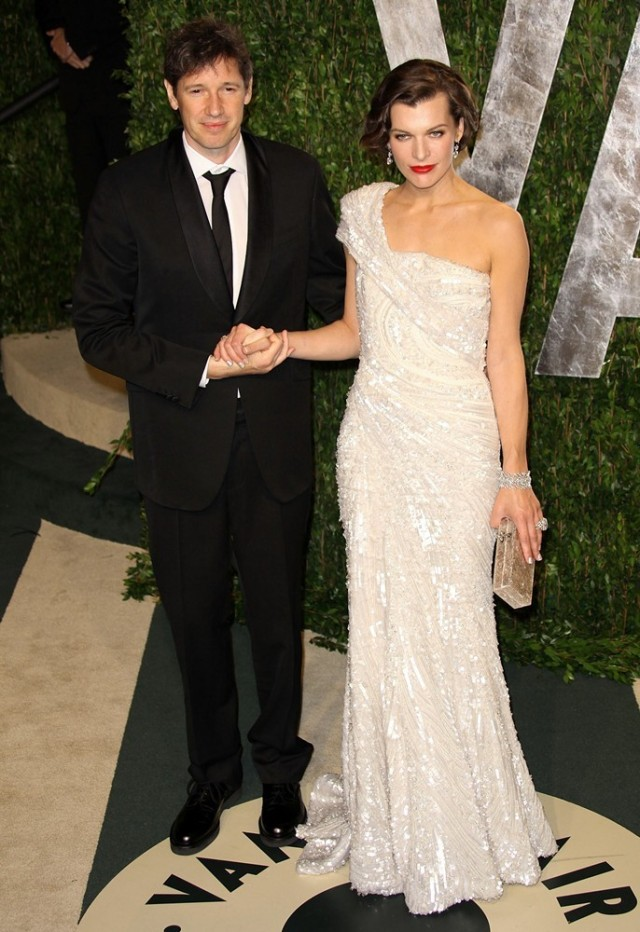 anderson-jovovich-2012-vanity-fair-oscar-party-01
