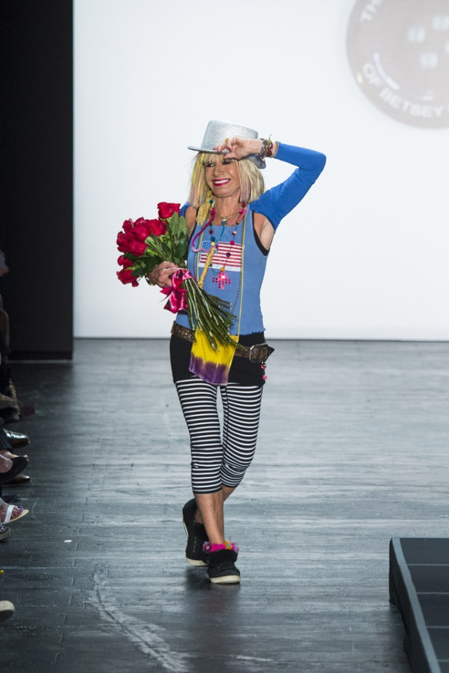 betsey_johnson_pasarela_117885715_683x