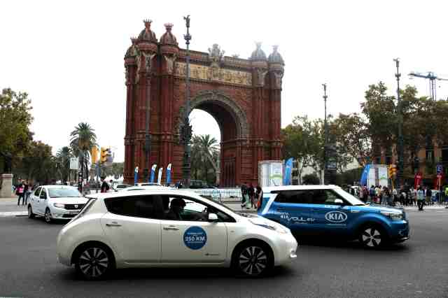 Test de las diferentes marcas y modelos por parte del publico asistente, durante la 5º edición de EXPOELECTRIC en Barcelona 17 y 18 de Octubre 2015.Fotos: M. J. Rasero y R. Duaso