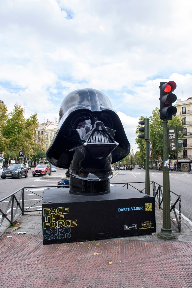 Exposicion Face The Force Madrid - Glorieta de Bilbao - Darth Vader
