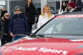 KITZBUEHEL, AUSTRIA - JANUARY 23: Gwyneth Paltrow enjoys the Audi Driving Experience on January 23, 2016 in Kitzbuehel, Austria. (Photo by Lennart Preiss/Getty Images for AUDI)